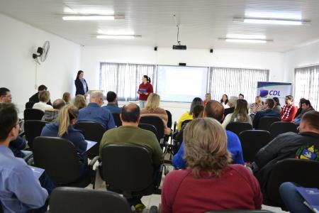 Vereadores participam de Fórum de Acessibilidade da CDL