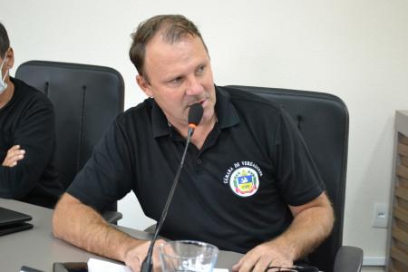 Vereadores protocolam Moção de Apelo ao Governo para auxiliar profissionais da área artística musica